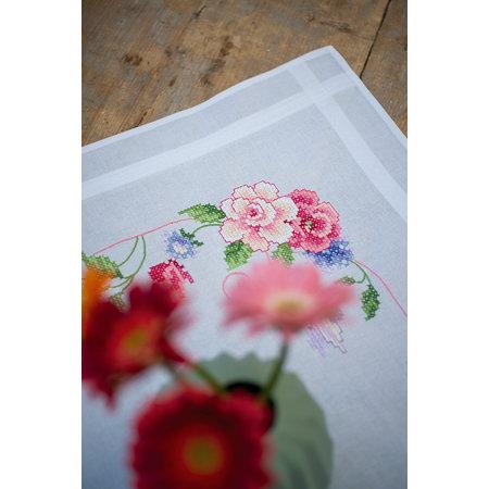 Vervaco Borduurpakket Tafelkleed Bloemen met Vlinders