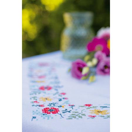 Vervaco Borduurpakket Tafelkleed Frisse bloempjes