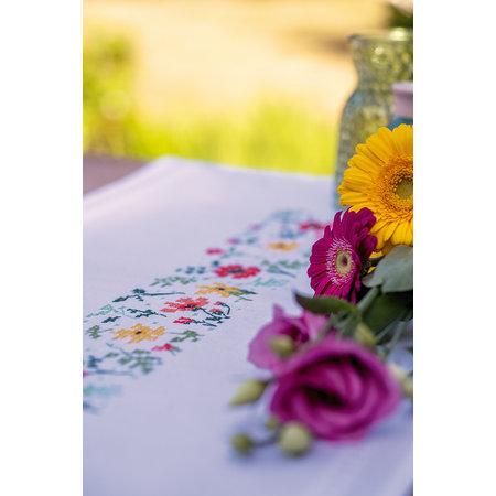Vervaco Borduurpakket Loper Frisse bloempjes