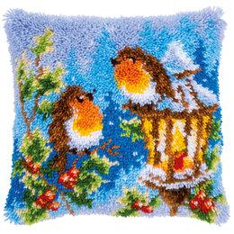 Vervaco Knoopkussen Roodborstjes met kerst