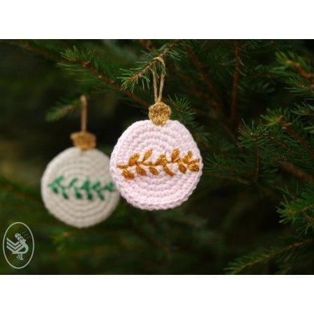 Durable Haakpatroon Kerstbal met Borduursel