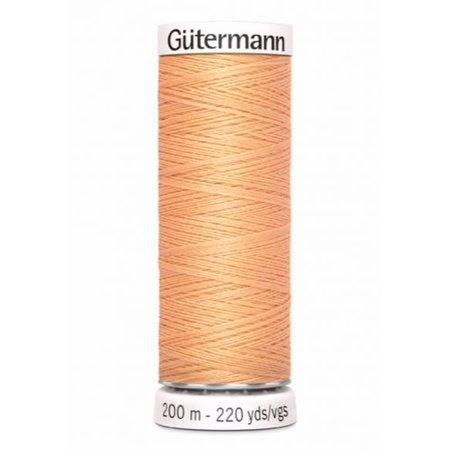 Gutermann Alles naaigaren 979