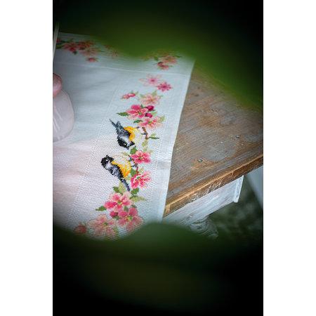 Vervaco Borduurpakket Tafelkleed Meesjes in Bloesems