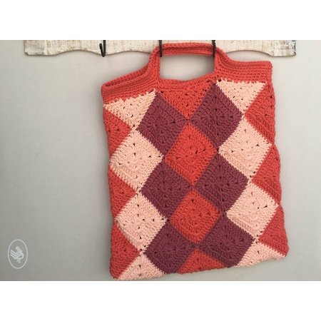 Durable Haakpatroon Not Your Typical Harlequin Shopper