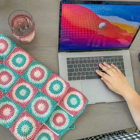 Caro's Atelier Haakpatroon Caro's Laptophoes
