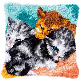 Vervaco Knoopkussen Snoezelige kittens