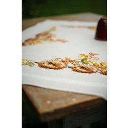 Vervaco Borduurpakket Tafelkleed Egeltjes en herfstbladeren