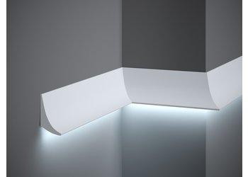 Lijst & Ornament Plint QL006 LED (70 x 42 mm), lengte 2 m