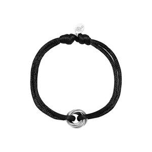 Satijnkoord armband met ringen zwart/zilver
