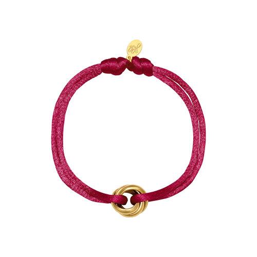 Satijnkoord armband met ringen burgundy/goud