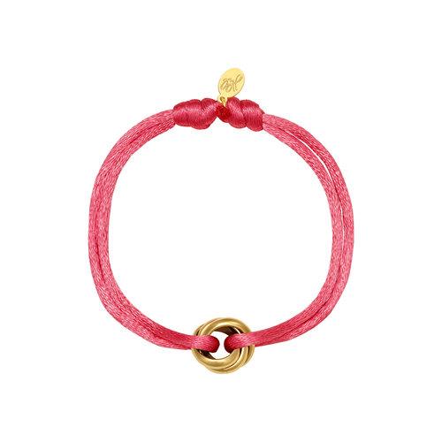 Satijnkoord armband met ringen roze