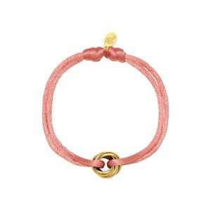 Satijnkoord armband met ringen licht roze