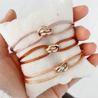 Satijnkoord armbanden