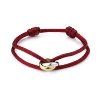 Satijnkoord armband met 2 ringen rood