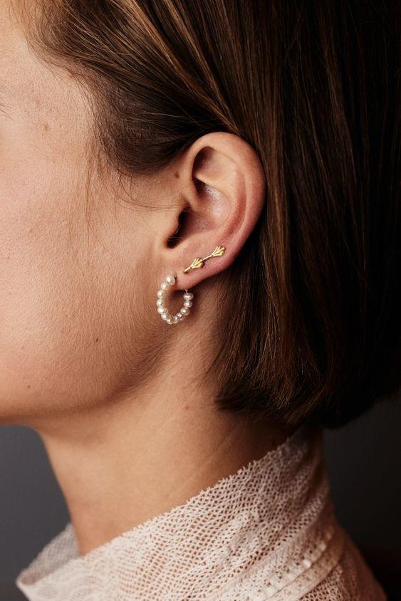 Oorbellen trend: parel oorbellen