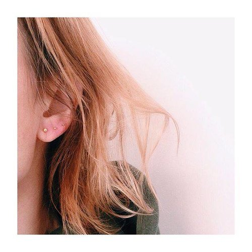 Oh So HIP Ball studs gold plated 1,5 mm