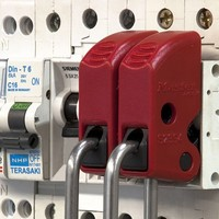 Brady Nylon safety padlock brown 813639