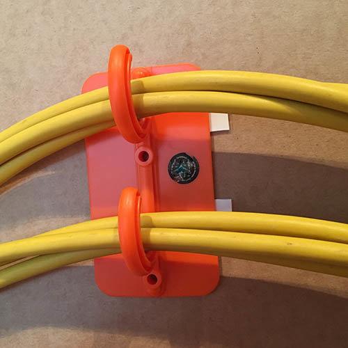 Sicherheitshaken für Kabel | Selbstklebend