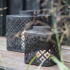 Teelichthalter und Laternen
