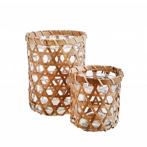Windlicht aus Glas und Bambus