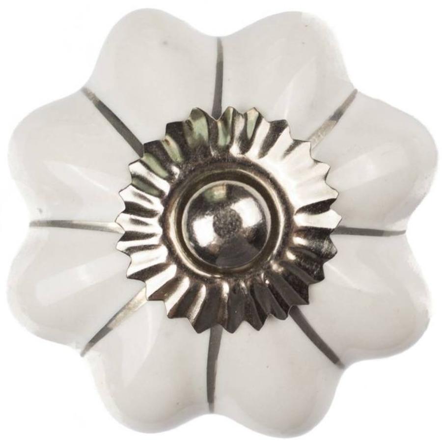 Porseleinen meubelknop wit zilver bloem