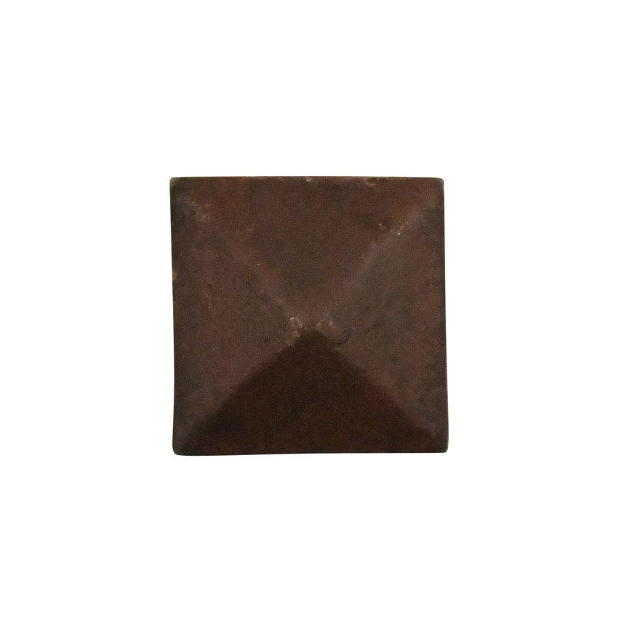 Meubelknop 24x24 mm piramide roest