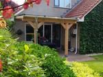 Van Gelder Hout Lariks Houten Veranda met Glazen Dak  | Gelamineerd Lariks 140x140mm