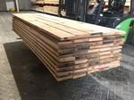 Eiken planken 32x200 mm in de lengtes van 3 en 4 meter.
