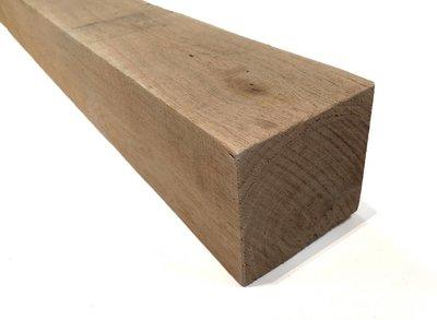 Eiken Balk 10x10cm (netto 9x9cm) Geschaafd