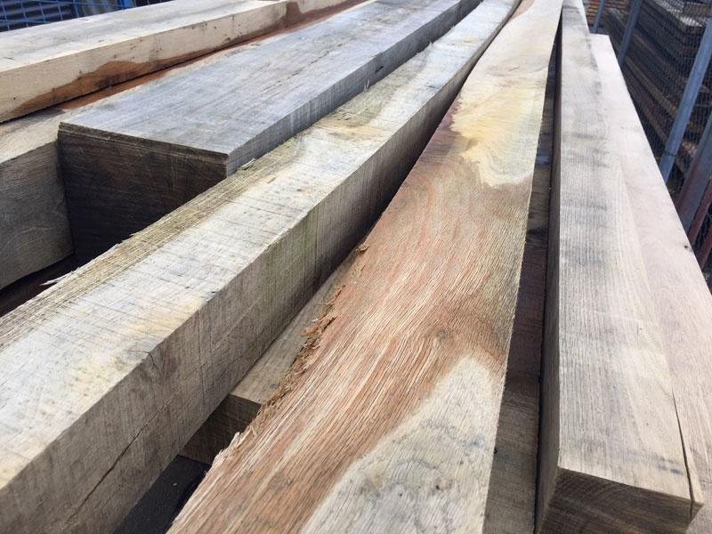 kromme houten balken