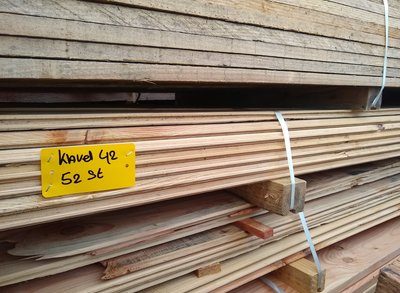 Restant partij Douglas vellingdelen per volle bundel a 52 stuks 18x130x3000 mm  - B042