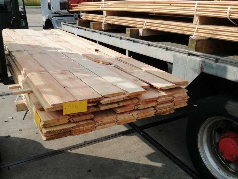 Restant partij Douglas vellingdelen per volle bundel a 47 stuks 18x130x3000 mm  - B954