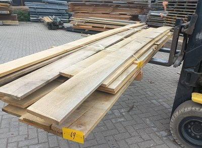Restant partij Eiken planken per volle bundel a 28 stuks 22x200x3000mm - B069