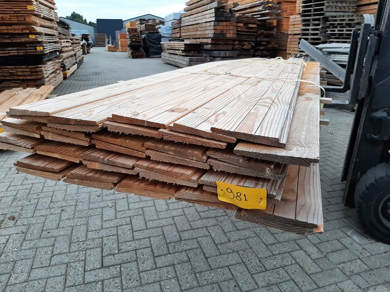 Restant partij Douglas Zweeds rabat per volle bundel a 40 stuks  25/11x195x4000mm Fijnbezaagd  - B981