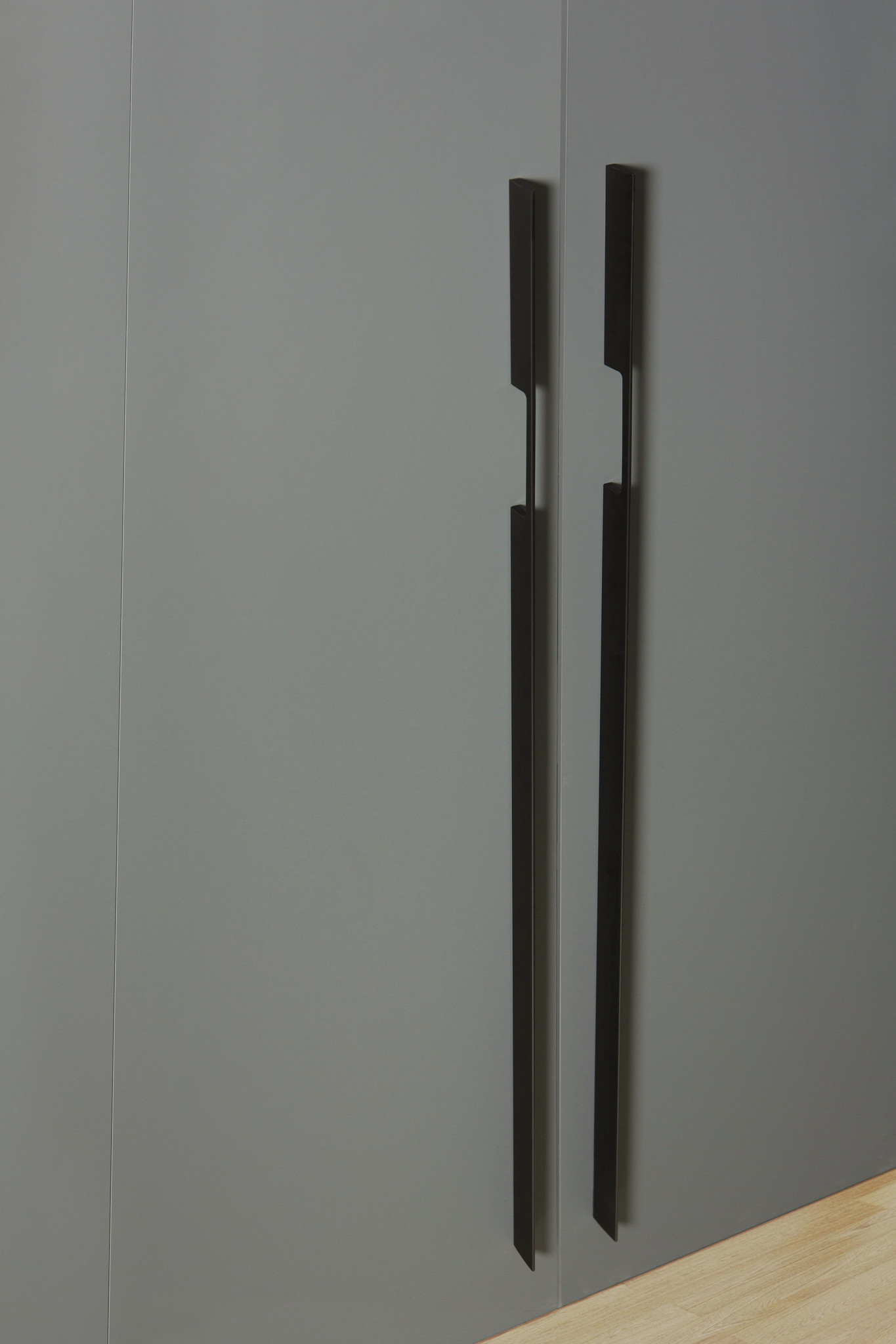 W7873.Mat zwart geborsteld