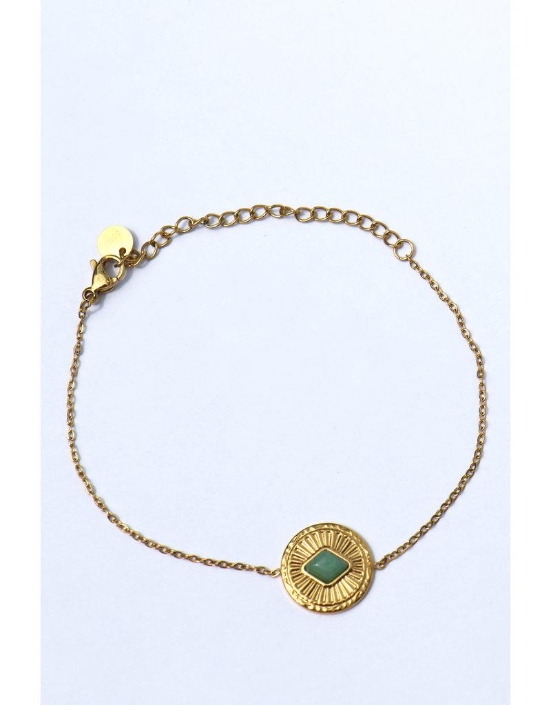 golden bracelet Green stone