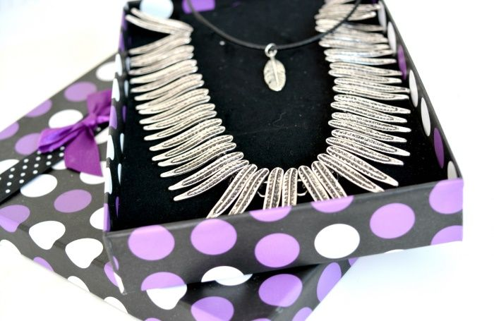 Statement en choker