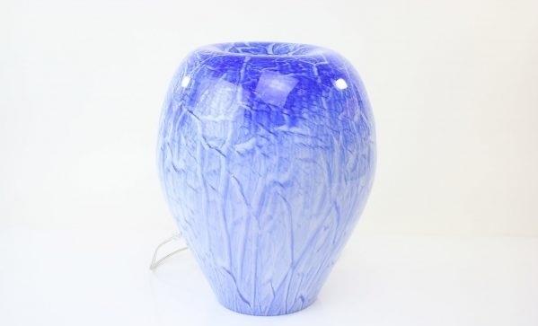 Glazen Rond Object.Handgemaakte Lamp Van Blauw Glas In Ronde Vorm Met Inkeping Aan De Bovenkant