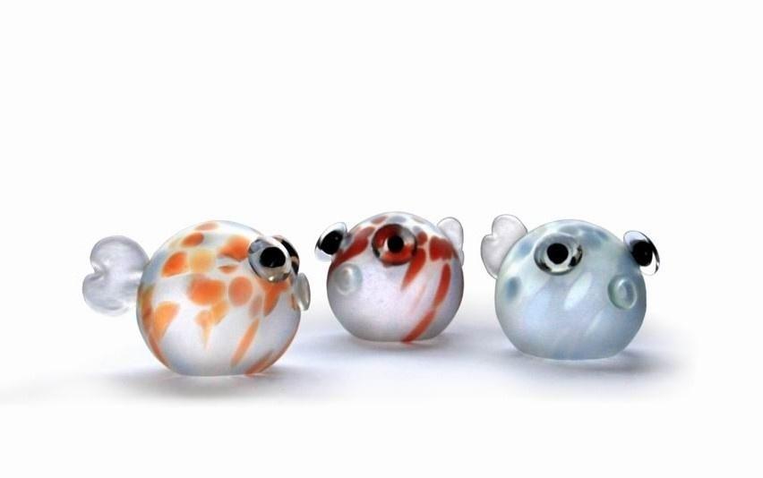 Handgemaakte glazen vis.