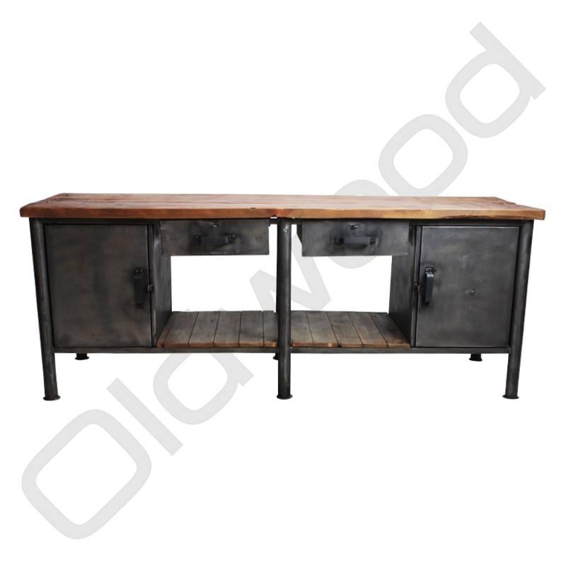 Industrieel meubel Industrial workbench / dresser