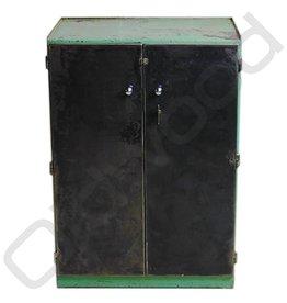 Groene locker met unieke planken