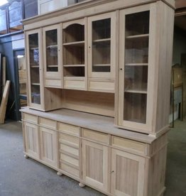 Custom-made shop cabinets. Price on request!