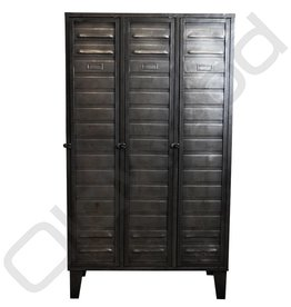 Industrial locker three-door