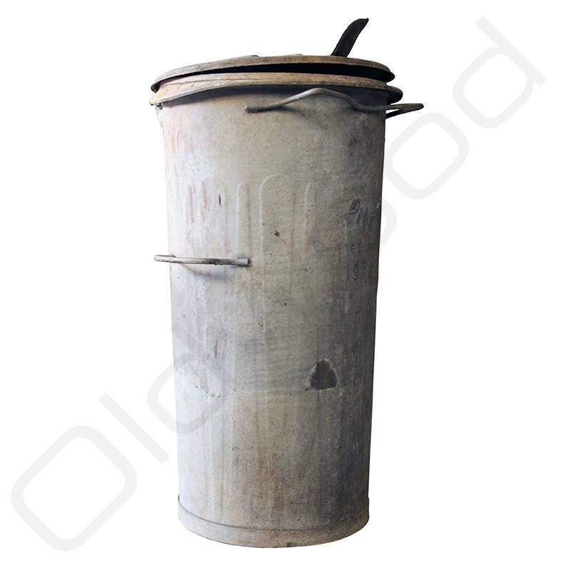 Industrieel accessoire Oude vuilnisbakken