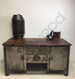 Industrieel meubel Metal workbench