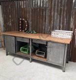 Industrieel meubel Tough kitchen island / dresser