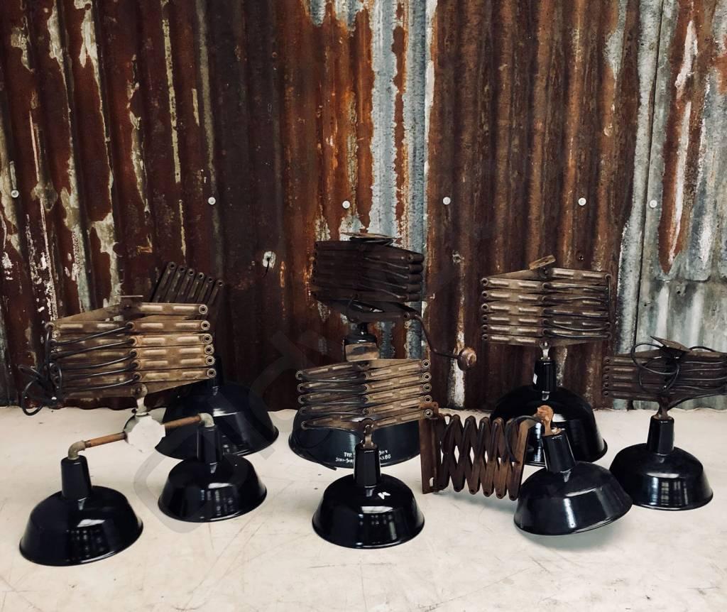 Vintage industriele emaille plafondlamp / schaarlamp / scharnierlamp