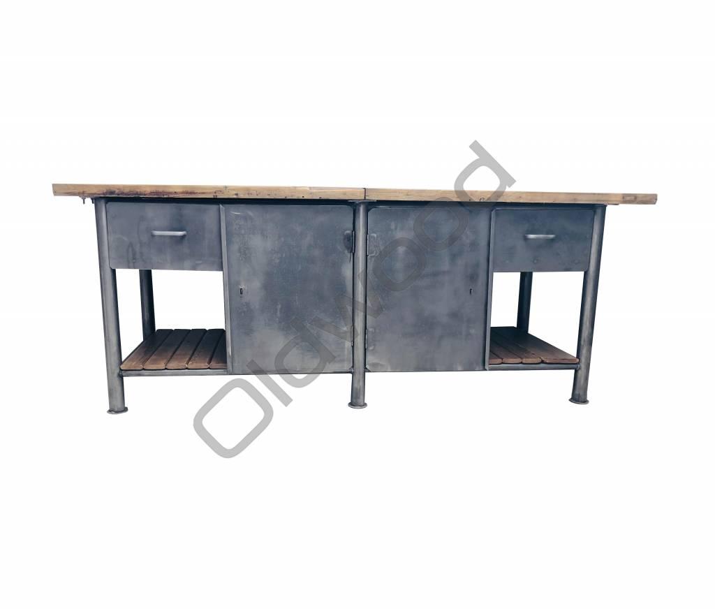 Industrieel meubel Stoer kookeiland / industriële dressoir