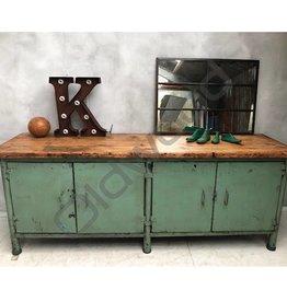 Industrieel meubel Industriële werkbank/ stoer dressoir