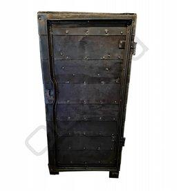 (Verkocht)Industriële locker / kluis